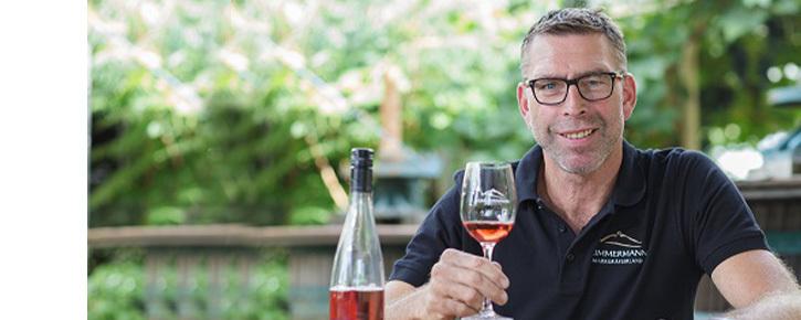 Teaser image of the wine maker